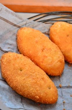 チポリーノ・こだわりカレーパン