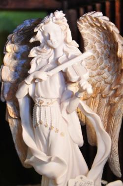 サンクチュアリ・天使