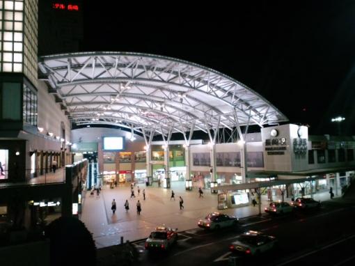 長崎を「さるく」〜1日でまわれる長崎有名観光スポット・夜の長崎駅