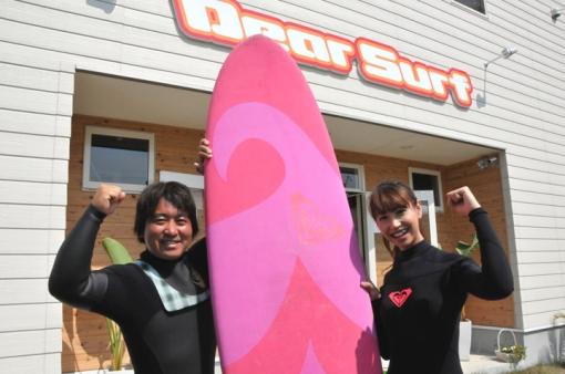 Dear Surf・海埜 士プロ(左)