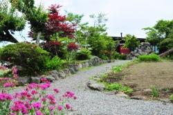 ヒバリカフェ・庭