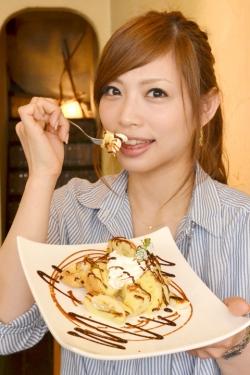 Ω-CAFE・マナ名チョコキャラメルシフォン・上野仁美