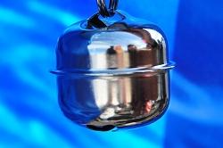 別府現代芸術フェスティバル2012 別府混浴温泉世界 内覧バスツアー 餅ヶ浜桟橋 クリスチャン・マークレー『火と水』