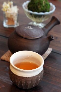 ここちカフェむすびの・ここち蒸しセットほうじ茶