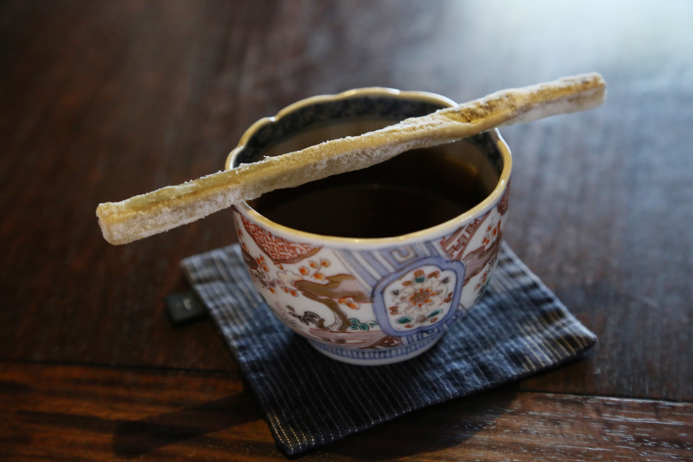 富春館・ごぼうコーヒー