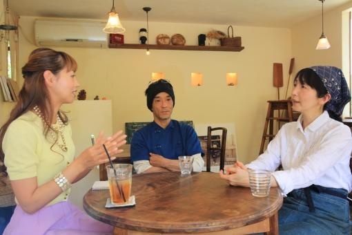 キッチンウスダ・インタビュー風景