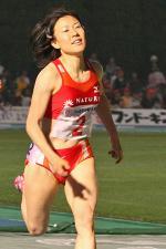 女子800m
