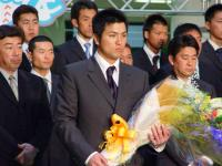 高橋選手会長