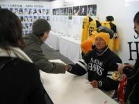 川崎選手握手会